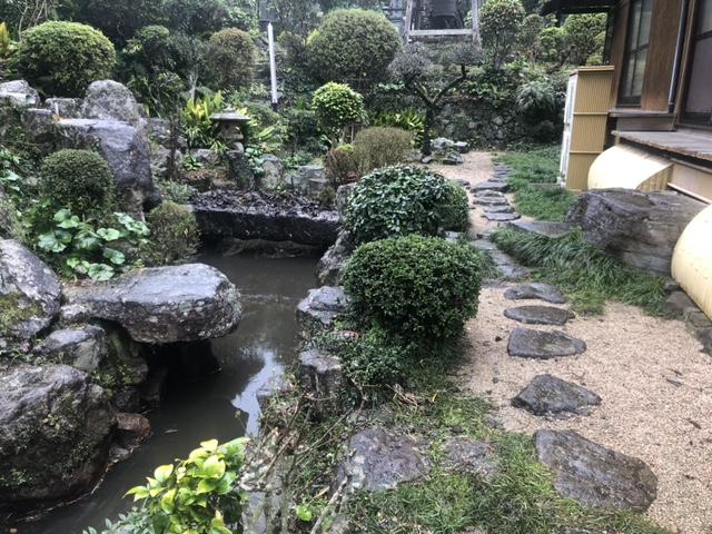 【施工前】池埋め(水抜き・設備撤去含む)