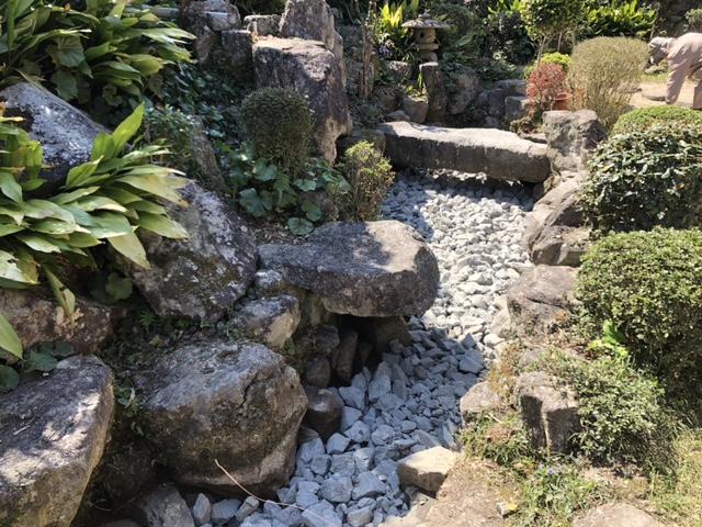 【施工中】池埋め(水抜き・設備撤去含む)